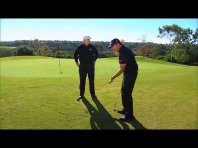 画像: Phil Mickelson Hits Flop Shot Over Roger Cleveland www.youtube.com