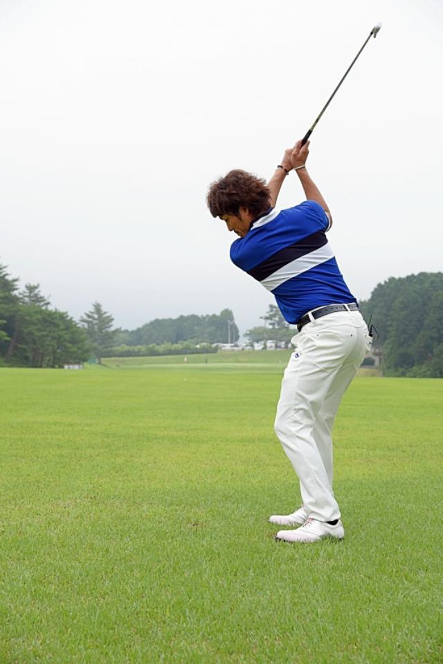 画像10: デイに学ぶルーティン術。ドローを打つなら前に出すのは「左足」