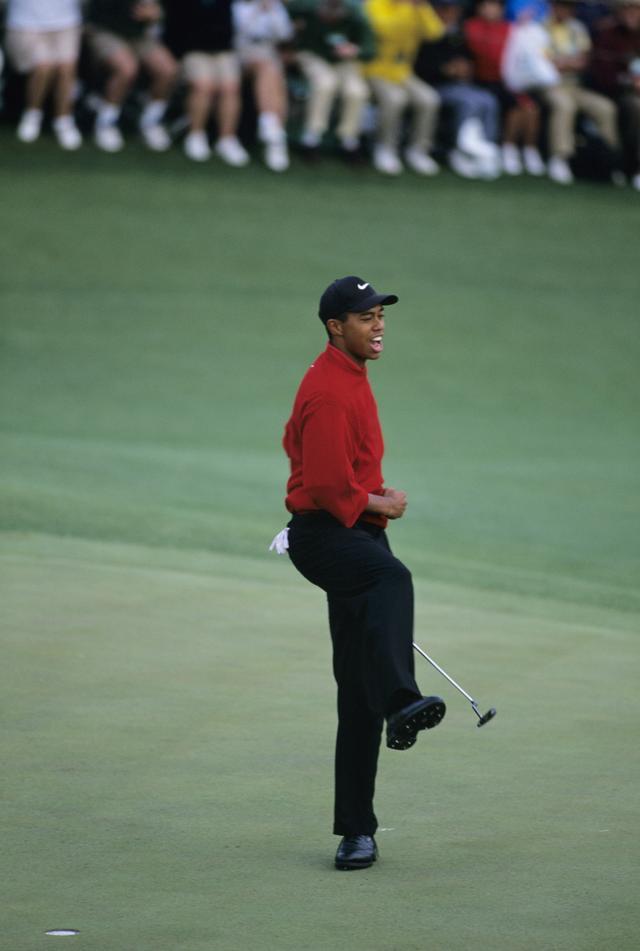 画像: 1997年のマスターズは、タイガー時代の幕開けを告げる試合となった。この時手にしていたパターのレプリカが、今回出品されたモデル