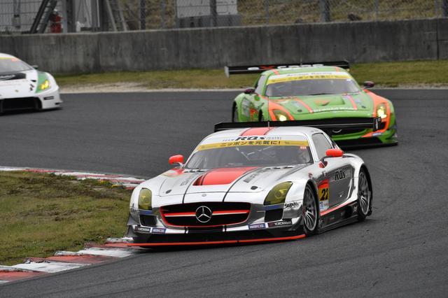 画像: 2016年シーズンも、2台のSLS AMG GT3が参戦しています。