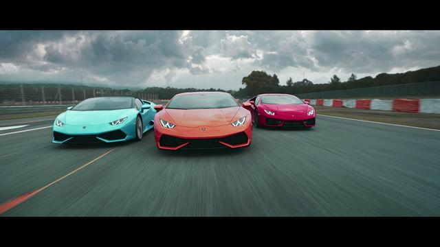 画像: Lamborghini Huracán: Driven by Instinct www.youtube.com