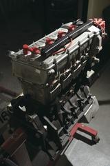 画像: M3用エンジン単体です。55万円なり。部屋に飾りたい…。