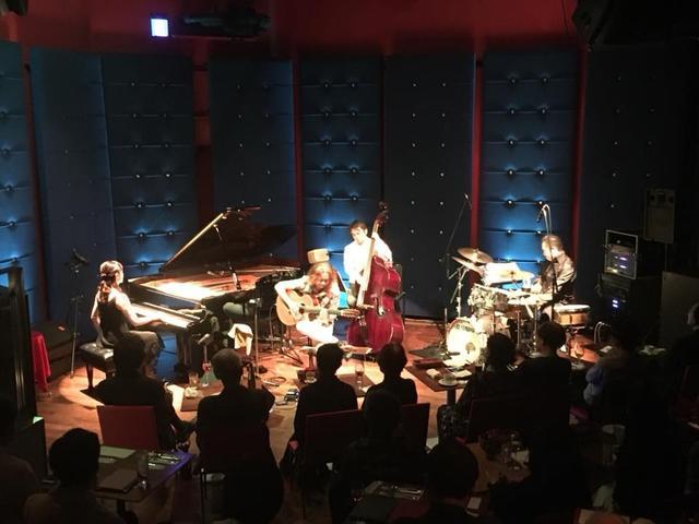 画像2: ゲストにジャズピアニストの木住野佳子さん♪