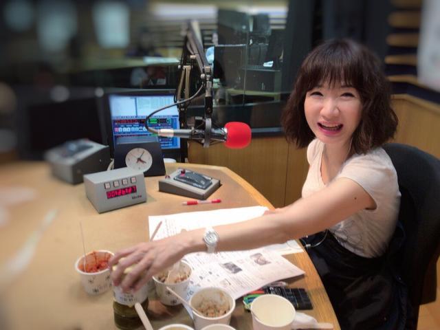 画像: ★先週、小金庵さんの納豆を試食する愛理さん。幸せそう♡