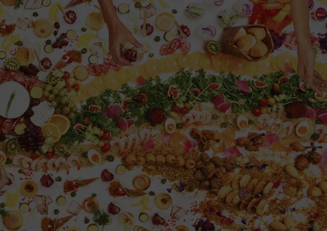 画像: グレージングテーブル | グレージングテーブルは、オーストラリア発祥の新しいケータリングスタイルです