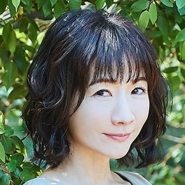 画像: 平松愛理 - 「平松さんは海の上で歌う週末の朝も「CHEER UP! MORNING」!!」... www.facebook.com