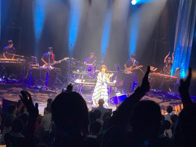 画像2: 平松愛理さんデビュー30周年ライブスペシャル!今週は大阪編やで。