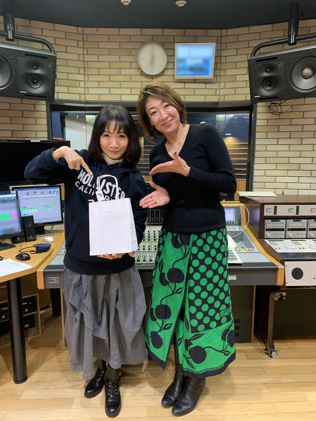 画像2: 「ヒラマツ応援団」のゲストはフェアトレードショップ・Pamojahオーナー・大塚由美さん。