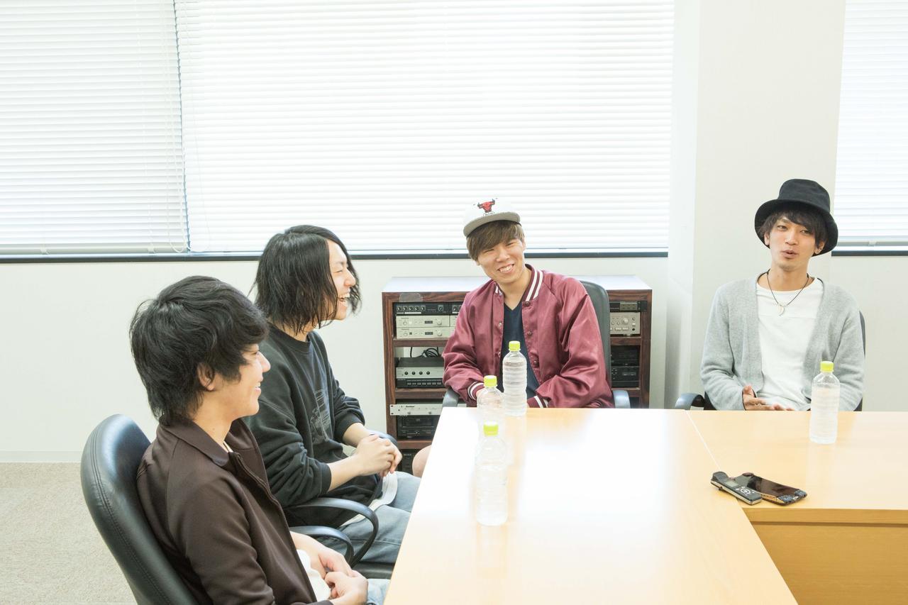 画像6: 『FM OSAKA E∞Tracks LIVE』初開催に向け、ラックライフ×Shout it Outのスペシャル対談が実現!<前編>