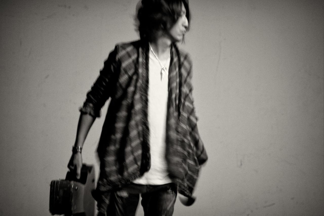 画像3: GLAY TAKURO、ギタリストとして新境地へ!熱い胸の内とは!?