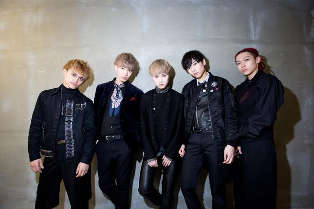 画像: FlowBack(左からREIJI、TATSUKI、MARK、MASAHARU、JUDAI)