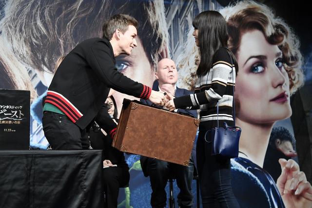 画像: エディーから魔法のトランク、プレゼント。うらやましい~