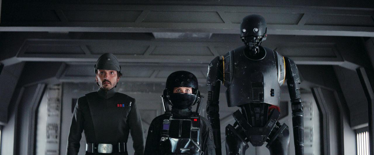 画像: 凶悪な銀河帝国から最高機密を盗むため大胆不敵な作戦が繰り広げられる © 2016 Lucasfilm Ltd. All Rights Reserved.