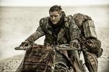 画像: 「マッドマックス 怒りのデス・ロード」(こちらは通常版)(C)2015 VILLAGE ROADSHOW FILMS (BVI) LIMITED (C)2016 WARNER BROS. ENT. ALL RIGHTS RESERVED