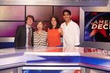 画像: 2013  NEWSROOM 左から、ジジョン・ギャラガー・Jr、わたくし、オリヴィア・マンとデーヴ。