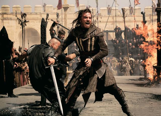 画像: 舞台はルネサンス期のスペイン 原作ゲームではプレーヤーは時代の異なる世界各地を旅することになるが、映画の舞台設定はスペインの異端審問の時代。異教徒に行なわれた審問と処刑が物語にどう絡む?