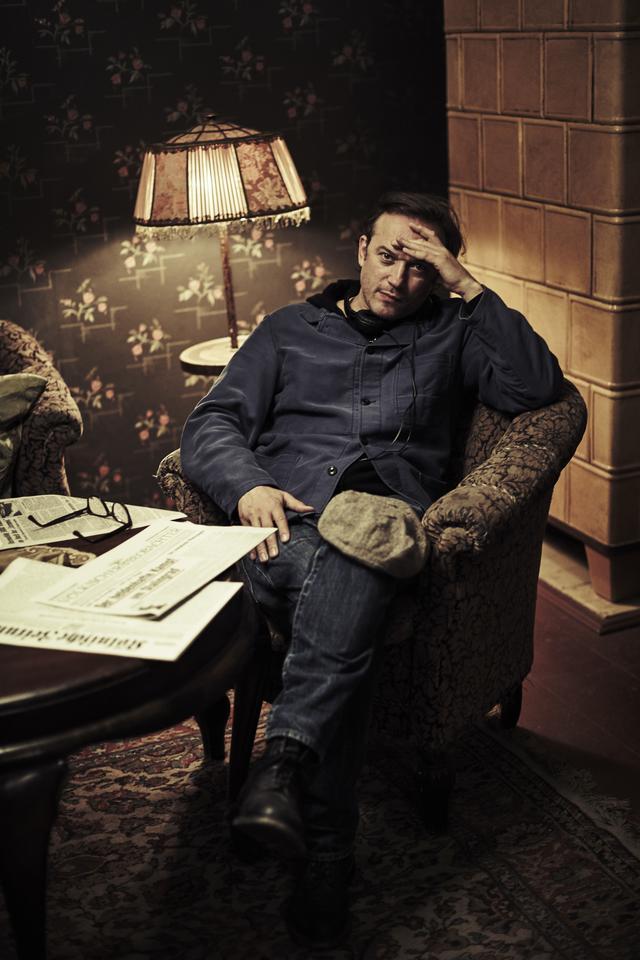 画像: 俳優としても知られるヴァンサン・ペレーズが監督を務める