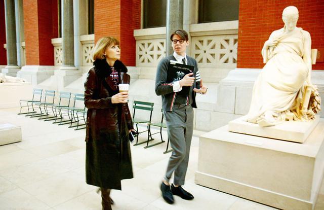 """画像3: """"ファッション界のアカデミー賞""""の裏側に迫る 「メットガラ ドレスをまとった美術館」4月15日公開"""
