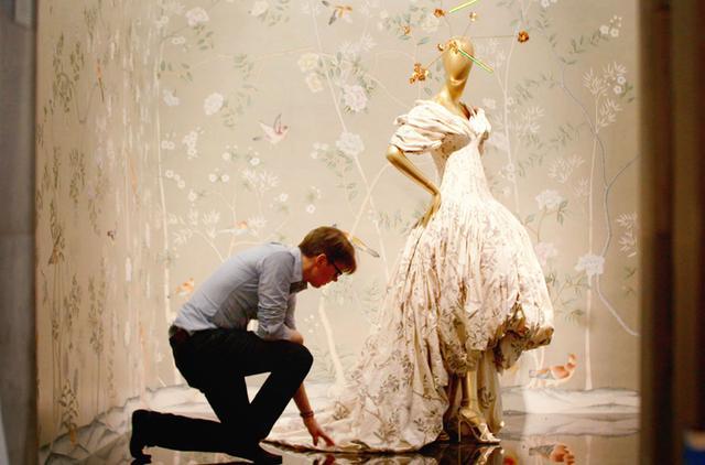 """画像1: """"ファッション界のアカデミー賞""""の裏側に迫る 「メットガラ ドレスをまとった美術館」4月15日公開"""
