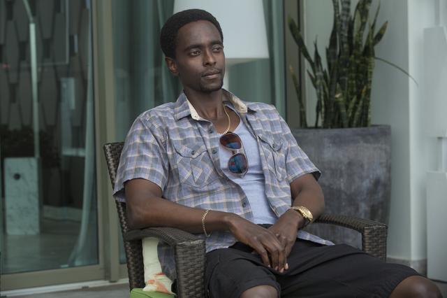 画像: ロナルド・デイシー (エディー・ガテギ) ハイチ系のギャング。銀行に口座を開設し資金をプールするが、その金が消えてしまったことを知り、行方を求めてアンディを追う。次第にジェンコインに関わるようになる。