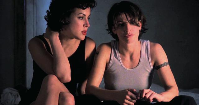 画像: 体で結ばれた女たちの犯罪と逃避行
