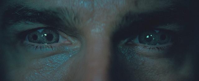 画像: トムの目に異変が!