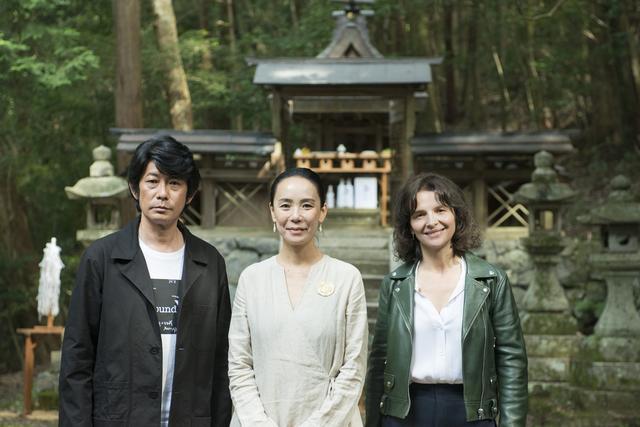画像: 左から永瀬正敏、河瀨監督、ジュリエット・ビノシュ