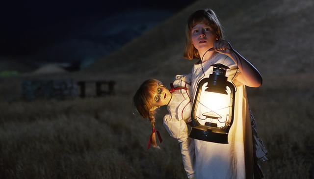 """画像: """"実在する""""死霊人形「アナベル」はどのように誕生したのか? 大ヒットホラー第2弾『アナベル  死霊人形の誕生』10 月13日(金)日本公開"""