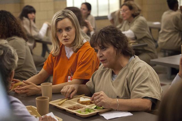 画像: シーズン1ではお嬢様が女子刑務所に突然収監される!