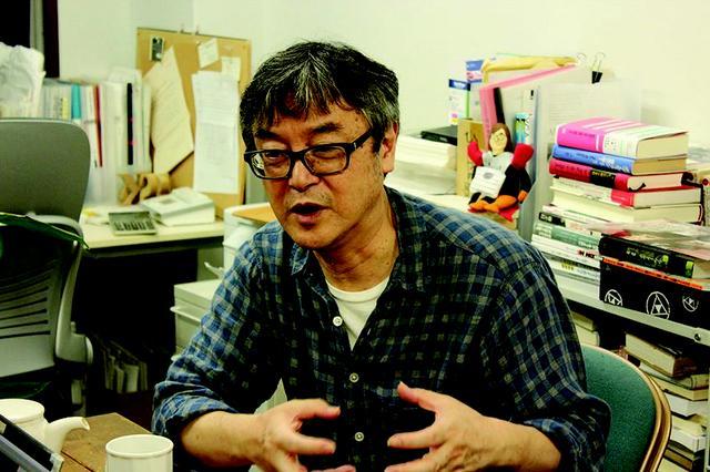 画像: 「爆音映画祭」の主宰者である樋口泰人氏