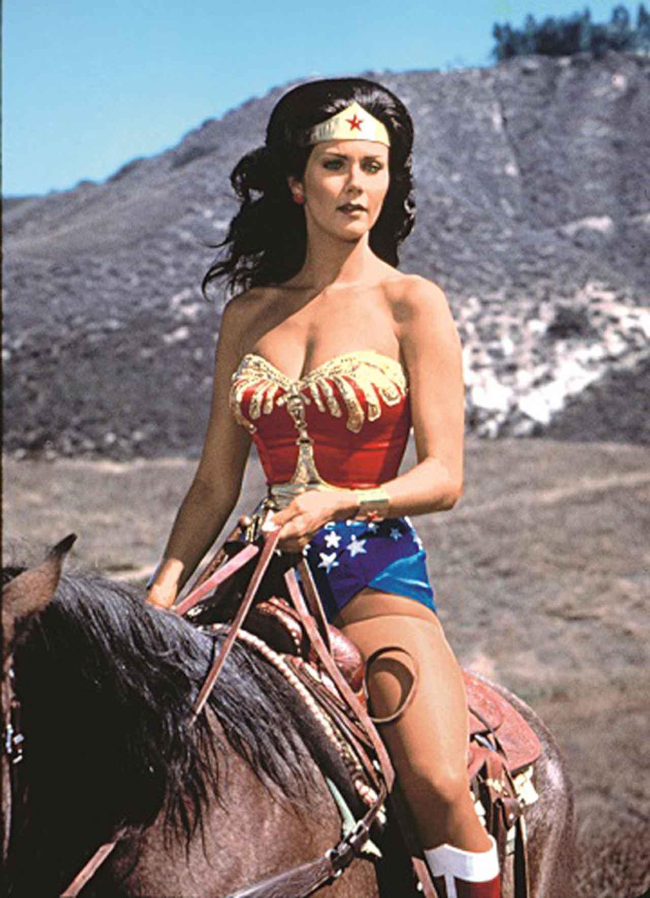 画像: TVシリーズ版「ワンダーウーマン」©1975,1976,1977 Warner Bros. Entertainment Inc. All Rights Reserved.