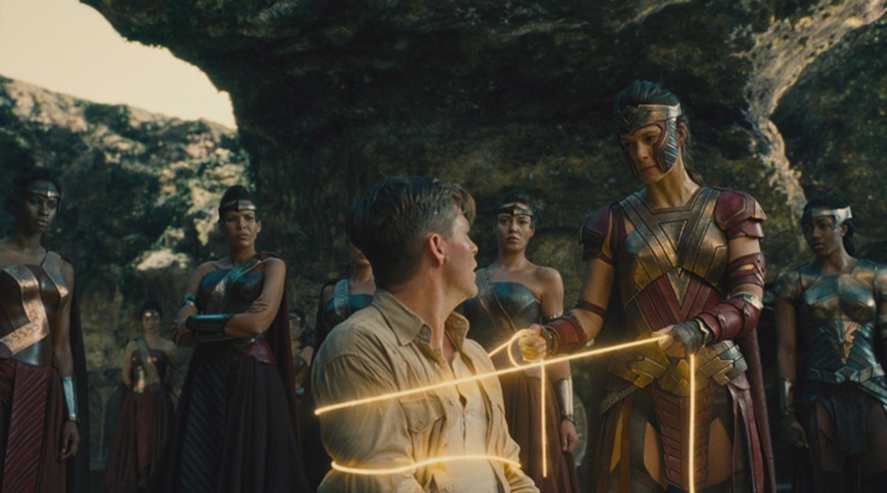 画像2: これからのヒーロー映画を考えるうえで重要な意味を持つ「ワンダーウーマン」