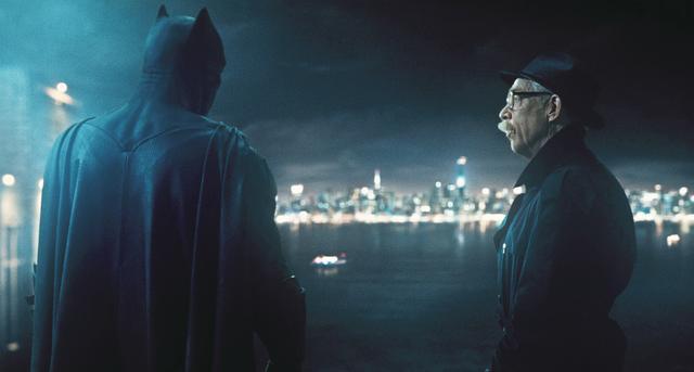 画像: 01:スーパーマンの遺志を継ぐバットマン