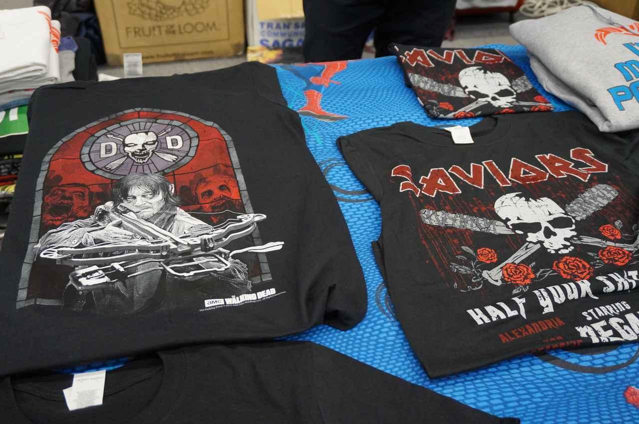 画像: Tシャツは人気のため早めに行かないと品数がドンドン減ってしまうのだそう。