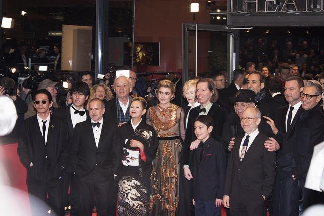 画像: ベルリン国際映画祭「犬ヶ島』レッドカーペット風景