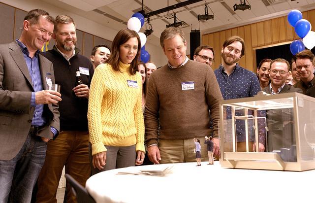 画像: 人間を小さくする技術が開発された世界でのSFコメディー 「ダウンサイズ」3月2日公開