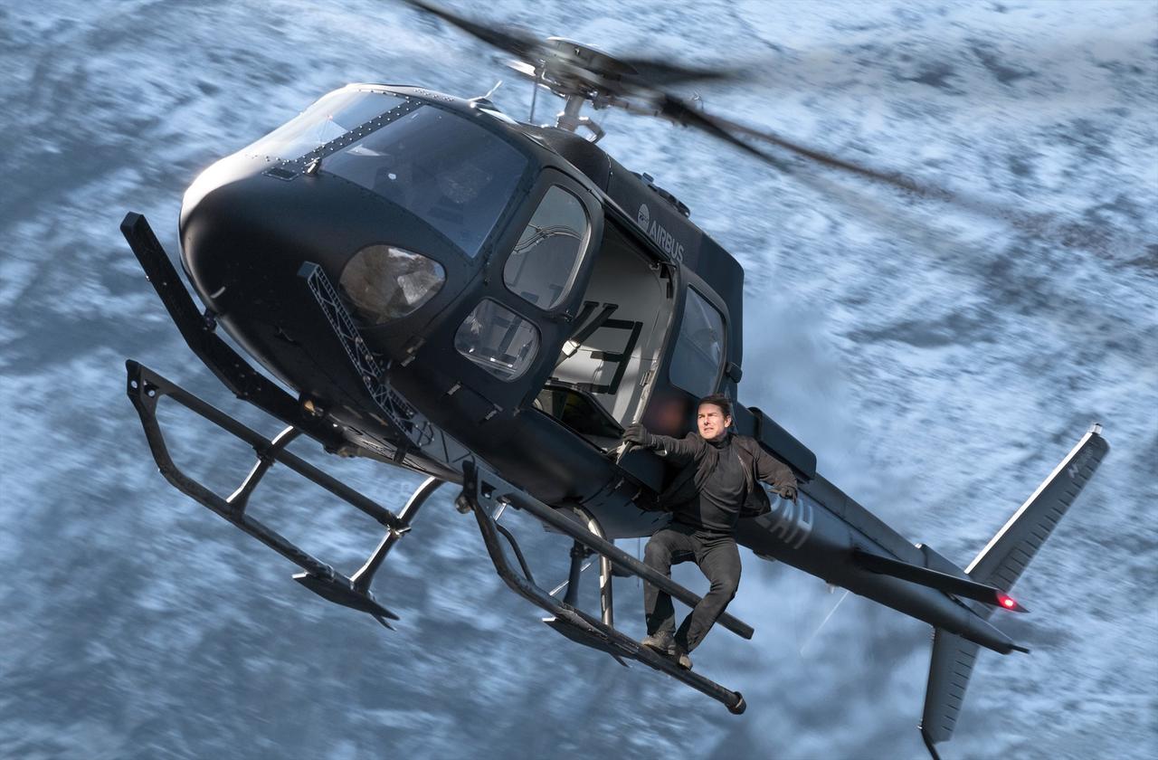 画像: 想像想像を越えるヘリとの格闘シーン