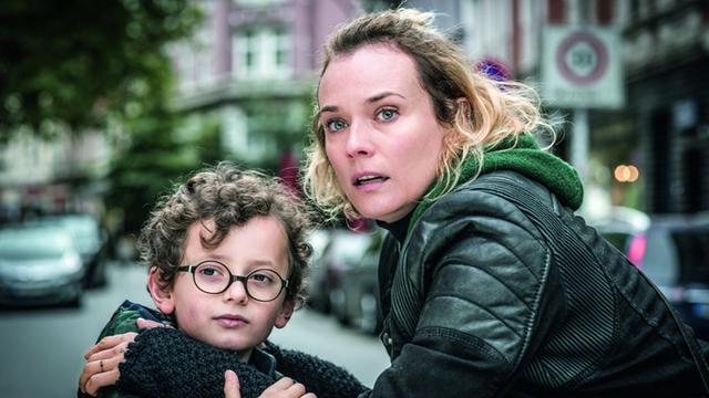 画像: テロで夫と子を失った女性の絶望と衝撃的な決断 「女は二度決断する」4月14日公開
