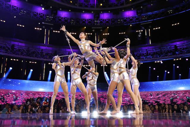 画像1: ジェニファー・ロペス他豪華審査員が感動の涙を流す! 「ワールド オブ ダンス」Dlifeにて日本初放送!