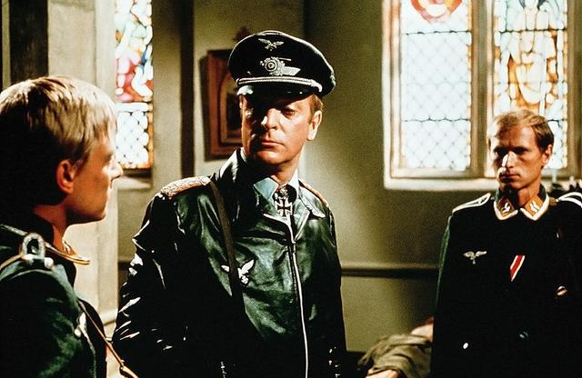 画像: 「鷲は舞い降りた」  【放送開始時間】 午後3:30~ ジョン・スタージェス監督最後の戦争アク ション。第二次大戦中に英首相誘拐を画策した独軍部隊を描く