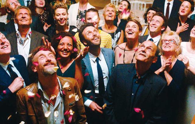 画像: 02: パリの結婚式で巻き起こる大騒動 「セラヴィ!」