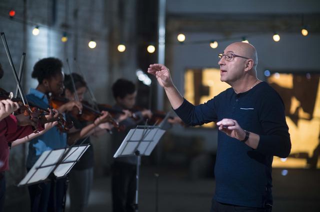 画像1: 実在の音楽教育プロジェクトから生まれた奇跡と感動の物語