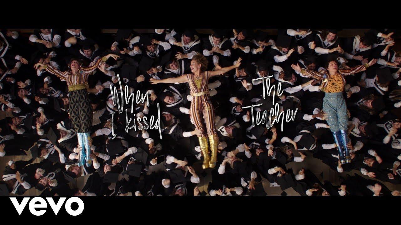 画像: Mamma Mia! Here We Go Again – I Kissed The Teacher (Lyric Video) www.youtube.com