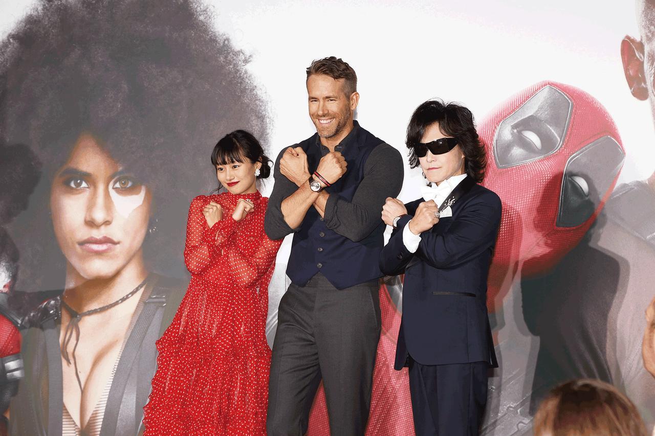 画像: 共演の忽那汐里、X JAPANのToshIとXフォース・ポーズ