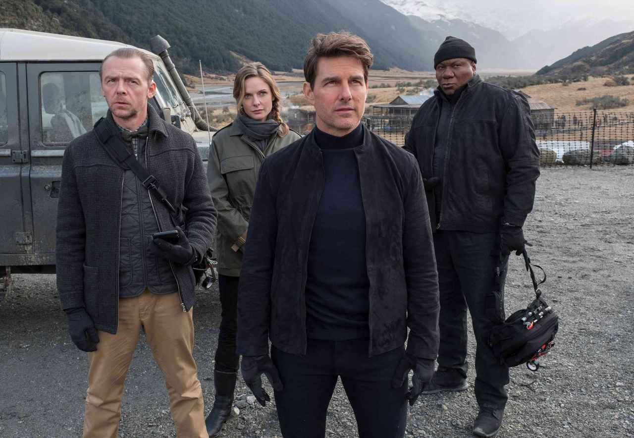 画像: 「ミッション:インポッシブル/フォールアウト」のトム(中央)とサイモン(左)