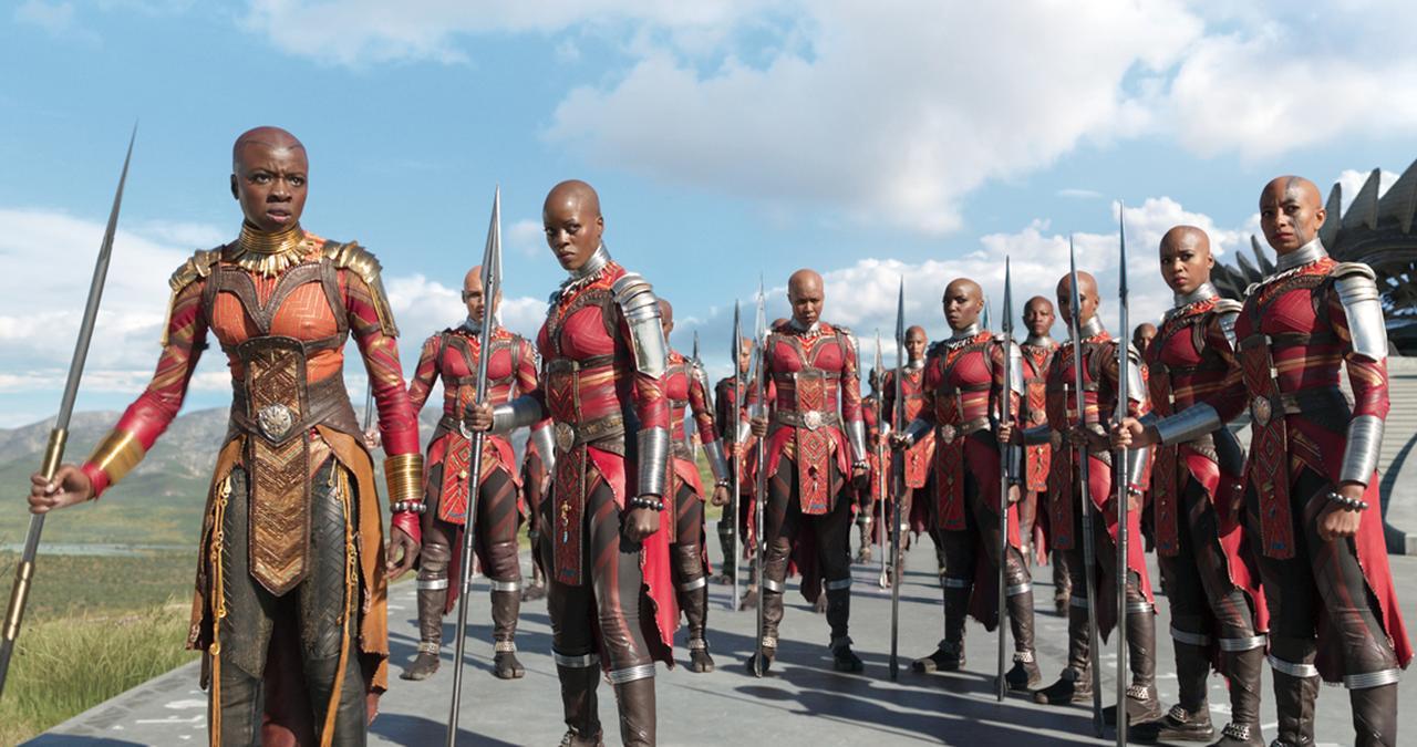 画像: 国王の親衛隊は全員が女性
