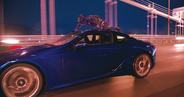 画像: 自動車を遠隔操作で操縦できる