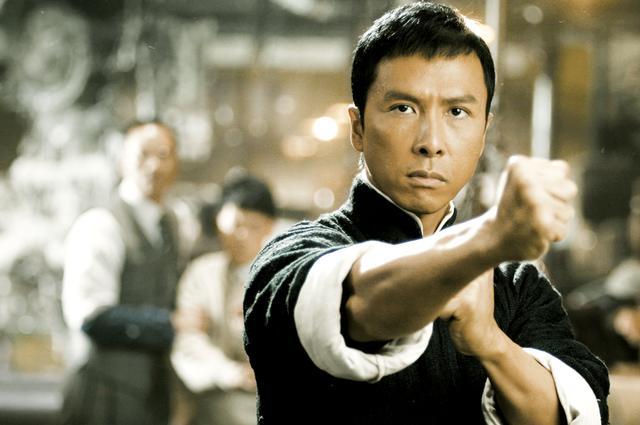 画像: 伝説の格闘技達人の半生を描くD・イェン主演作