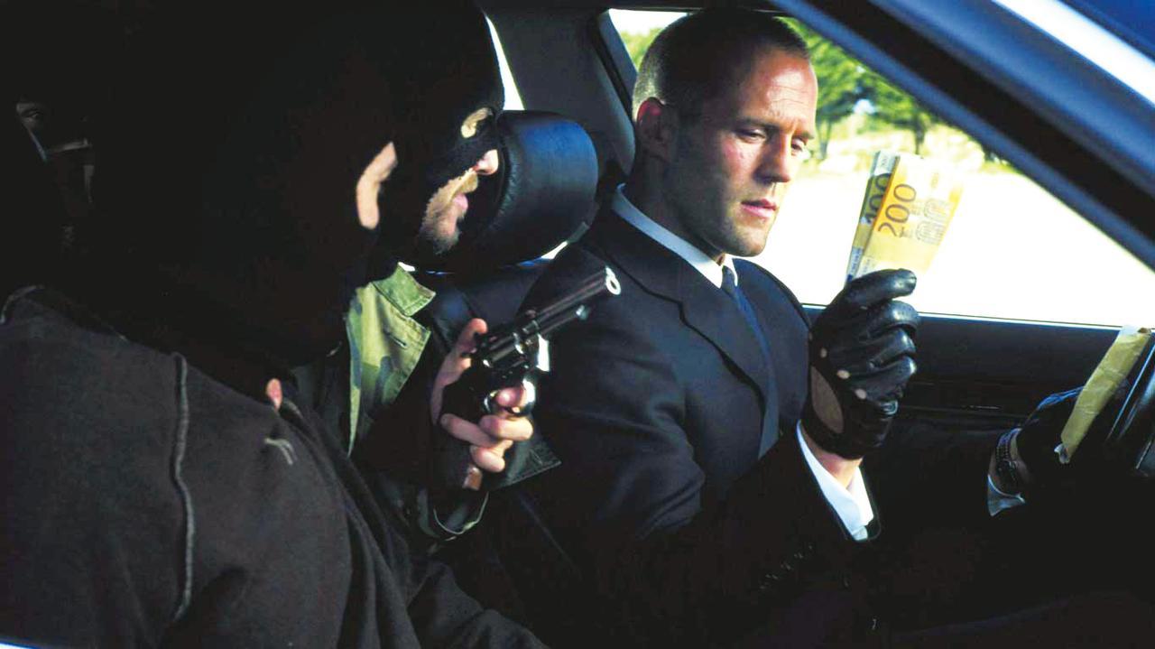 画像: プロの運び屋が犯罪組織とヤバイ対決