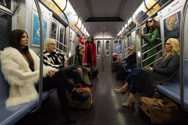 画像1: ド派手に盗め!狙った獲物は160億円のジュエリー! 美しきプロフェッショナル犯罪チーム「オーシャンズ8」